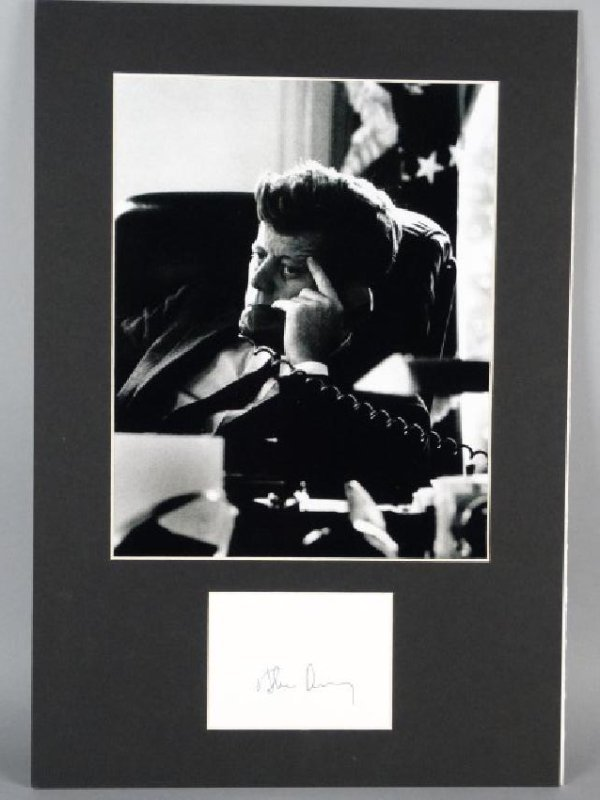 JOHN F. KENNEDY - Matted Autograph & Photo