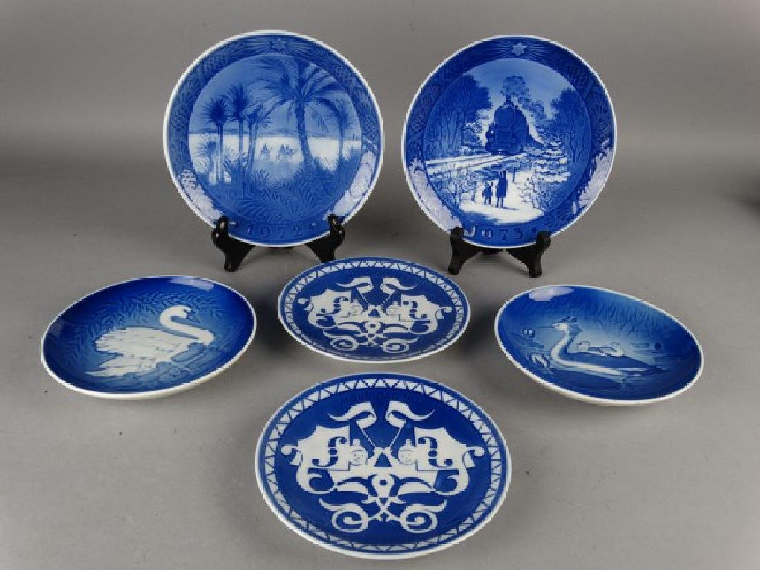 Grouping of 6 Royal Copenhagen Plates