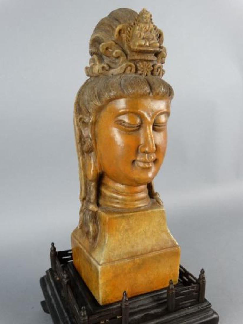 Chinese Carved Shoushan Stone Guanyin on Base - 3