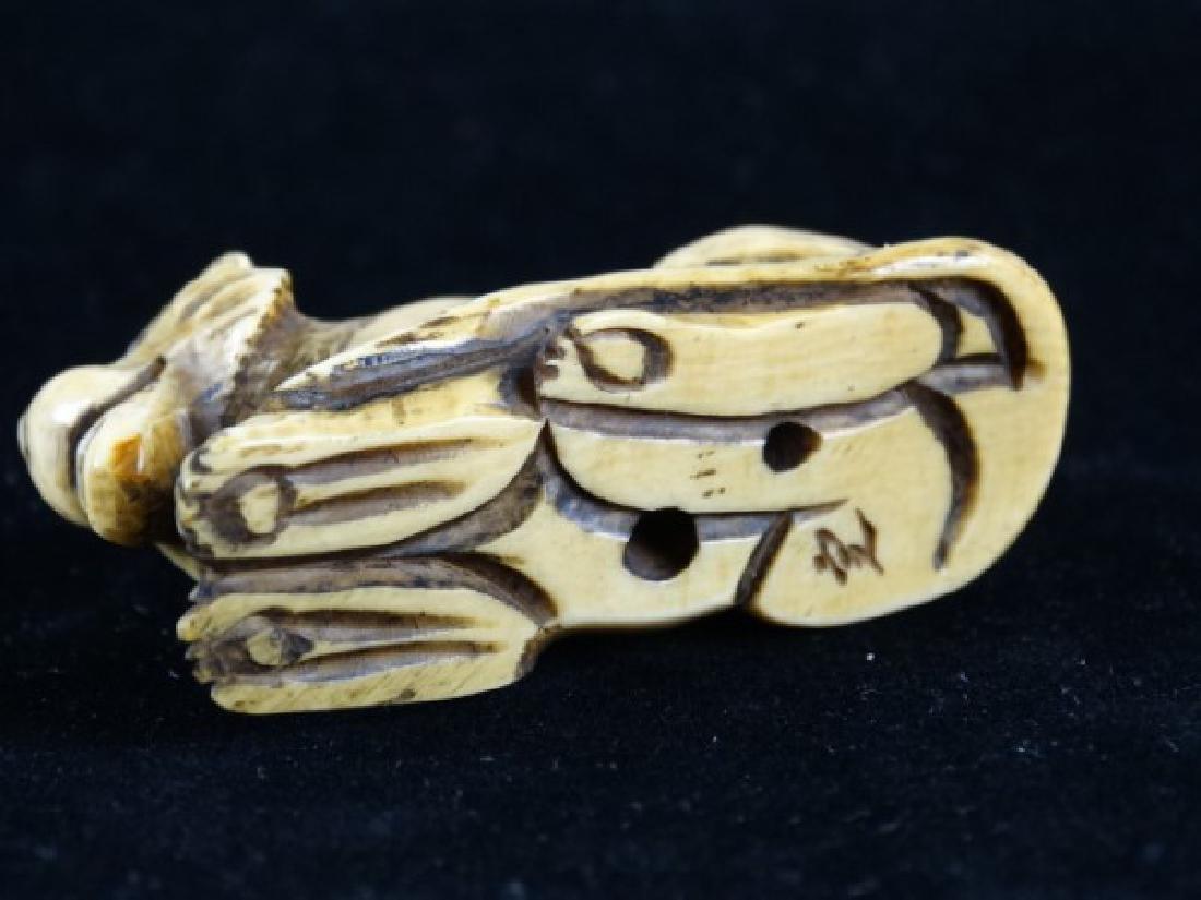 Carved Netsuke - Lion, signed - 5