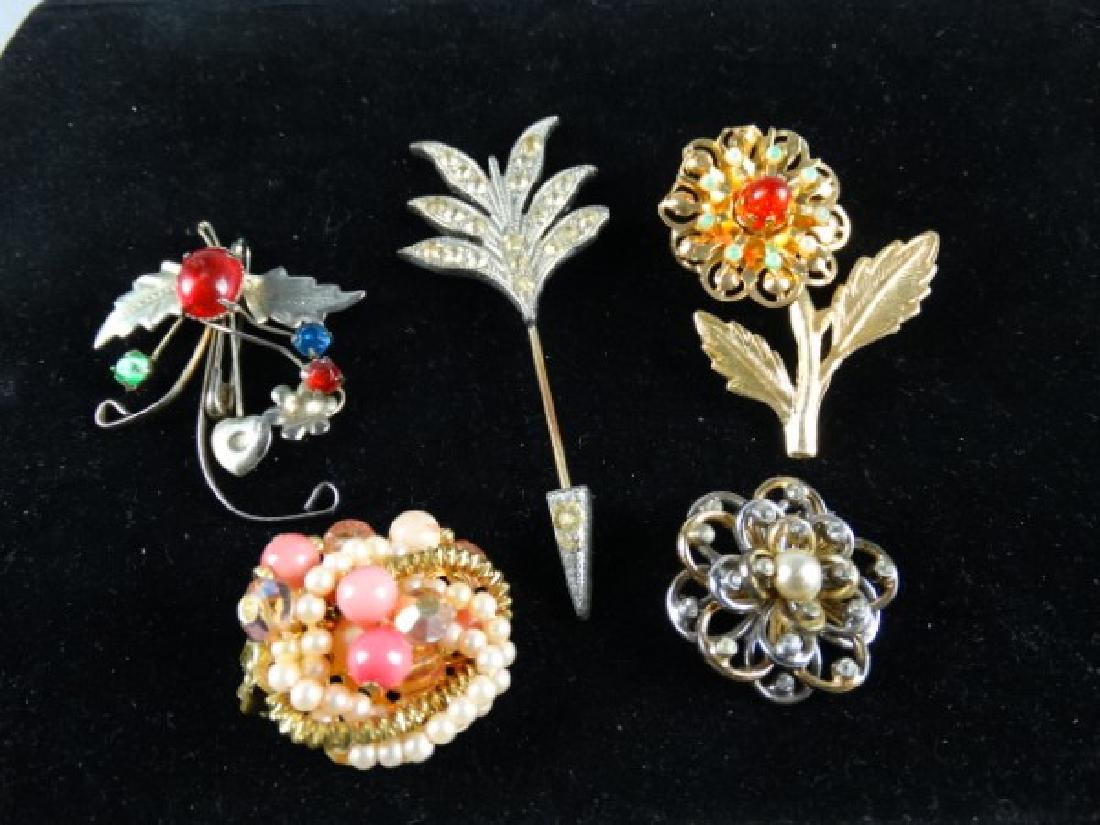 Assorted Lots of Jewelry Pins