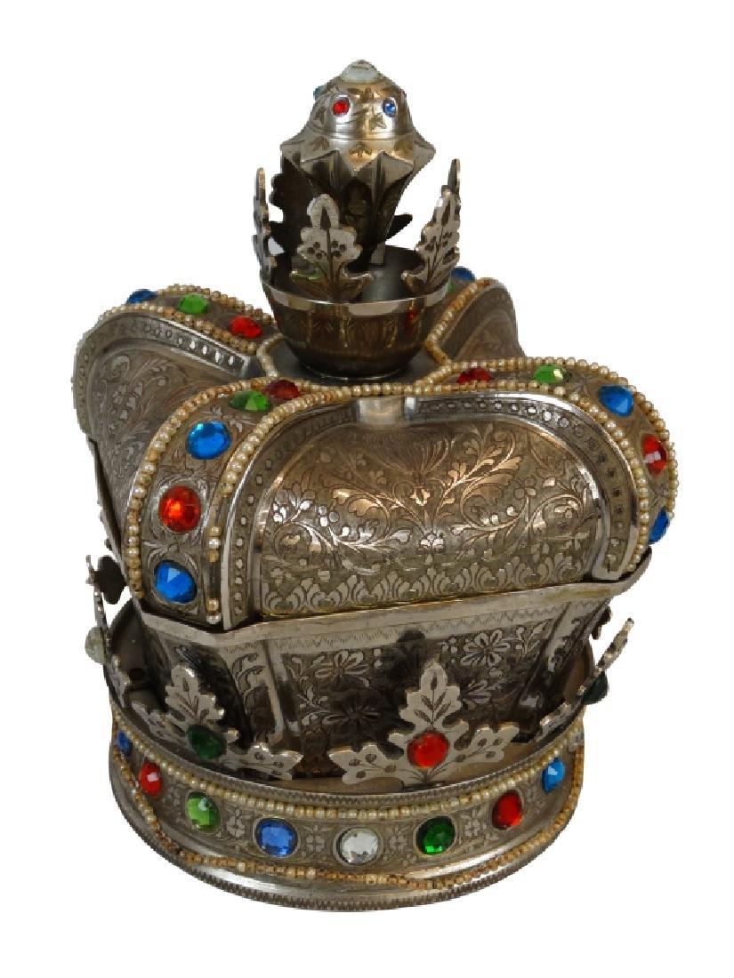 Beautiful Crown Jewelry & Music Box