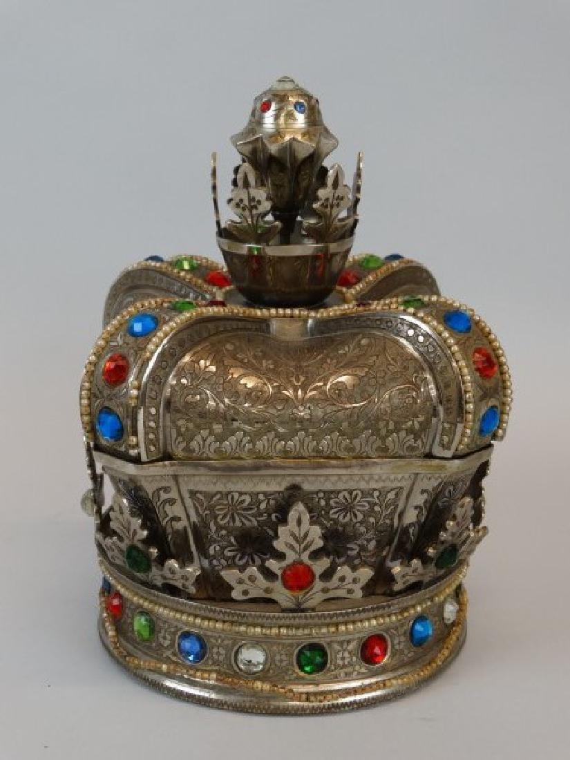 Beautiful Crown Jewelry & Music Box - 2
