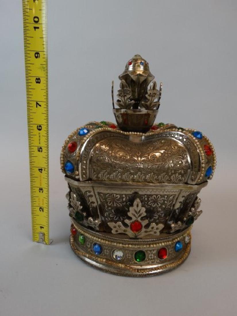 Beautiful Crown Jewelry & Music Box - 7