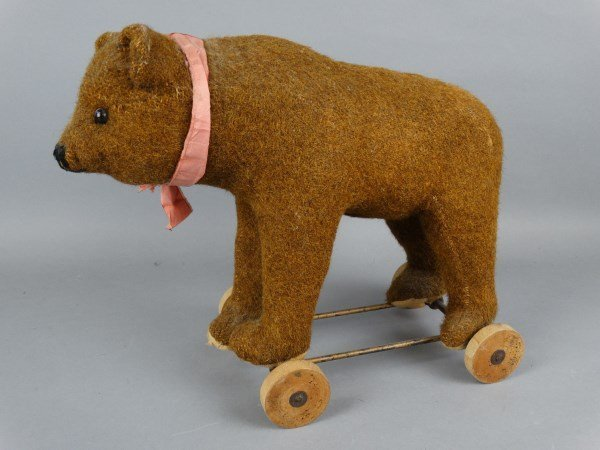 Steiff Brown Bear on Wheels