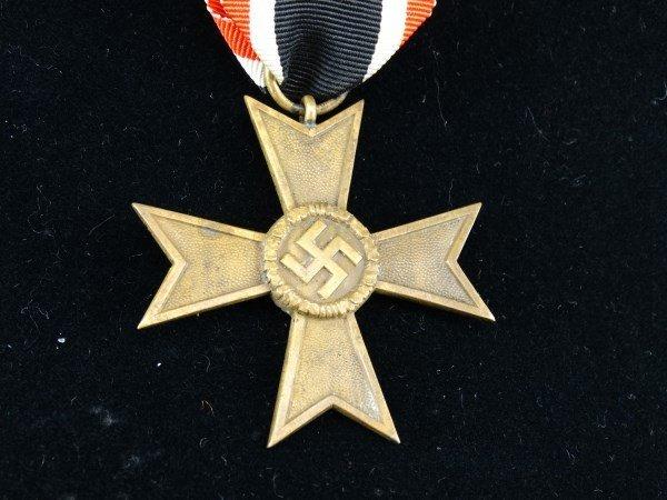 WW II Nazi War Merit Cross - 2