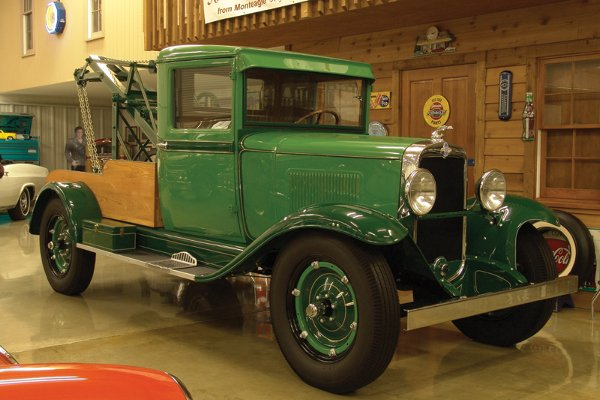 707: 1931 Chevy Independence Series AE Wrecker - NR