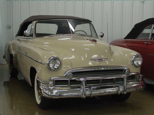 717: 1949 Chevy Deluxe 2100 Styleline Cvt - NO RESRV