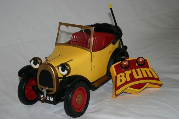 9: RAGDOLL LIMITED REMOTE CONTROL ANTIQUE CAR