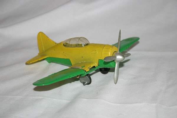 20: HUBLEY KIDDIE TOY AIRPLANE WITH FOLDING WINGS AND R