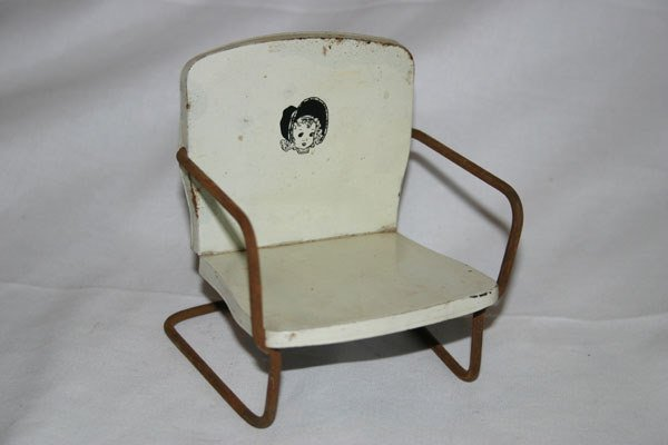 24: SMALL METAL WHITE TOY CHAIR, WITH BABY FACE