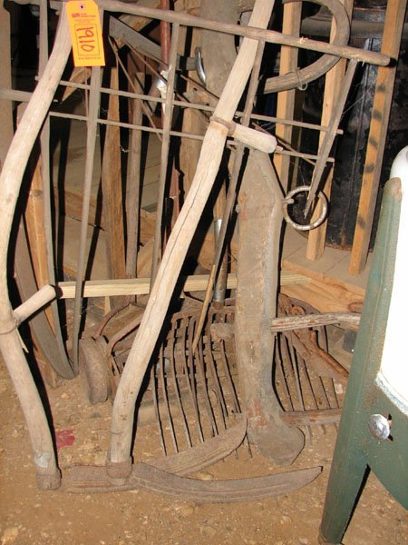 1910: STACK OF ANTIQUE FARM HAND TOOLS