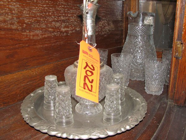 2022: DECANTER VODKA GLASSES AND TRAY, ETCHED WITH ROSE