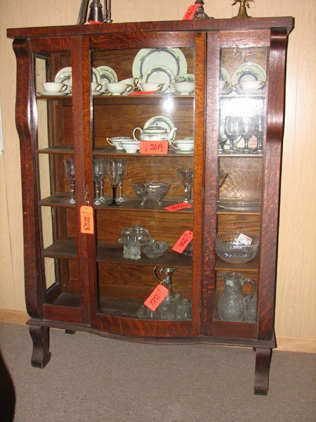 2023: CHINA CABINET, MATCHES THE OAK BUFFET AND THE TAB