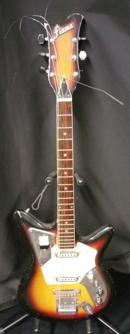 MID 1960'S FIAMA 2 PICKUP ELECTRIC GUITAR
