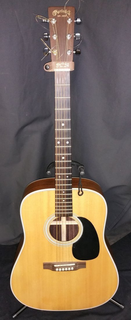 MARTIN & CO. D-2R ACOUSTIC GUITAR WITH MARTIN CASE