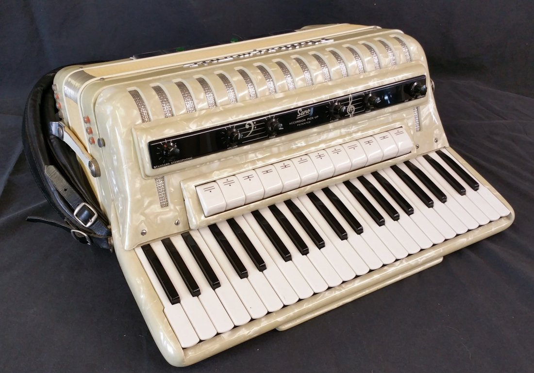 ITALIAN SANO PHILHARMONIC ACCORDION WITH CASE