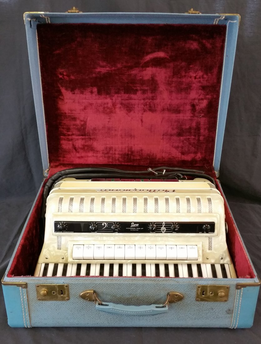 ITALIAN SANO PHILHARMONIC ACCORDION WITH CASE - 4
