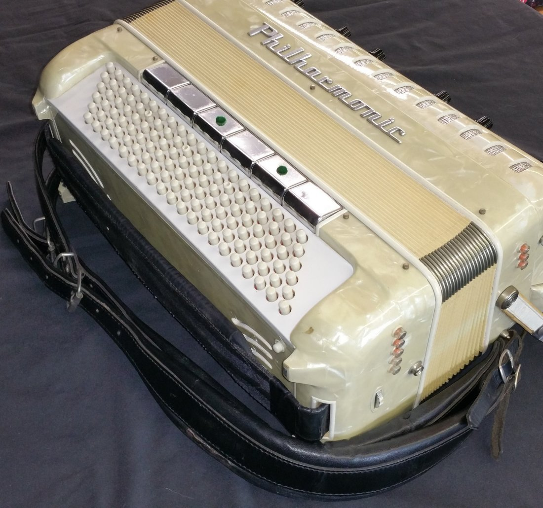 ITALIAN SANO PHILHARMONIC ACCORDION WITH CASE - 5