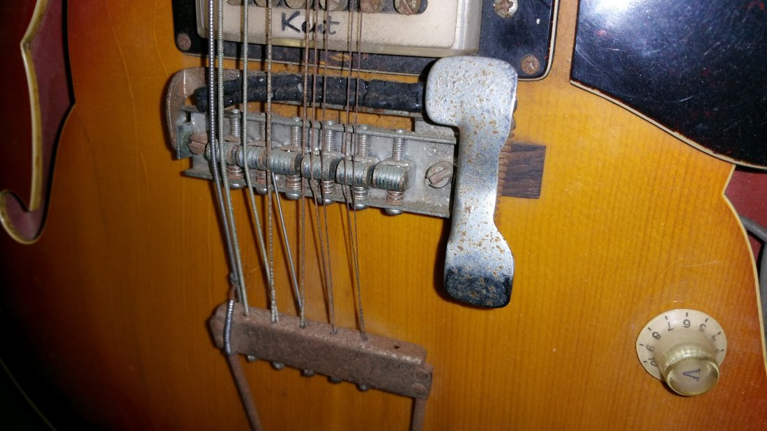 1960'S KENT ELECTRIC 12 STRING GUITAR - 3