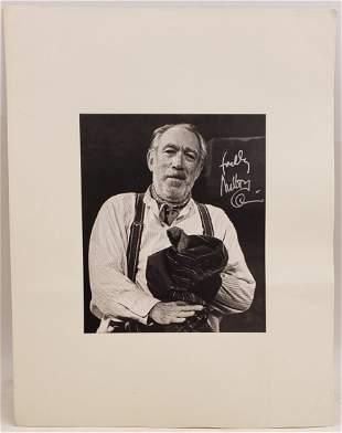 Anthony Quinn : Signed Photo Portrait