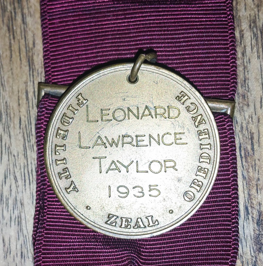 1941 US NAVY MEDAL AND BARS LEONARD LAWRENCE TAYLOR - 3