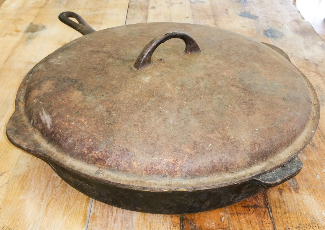 RARE GRISWOLD NO.13 CAST -IRON SKILLET WITH #13 LID