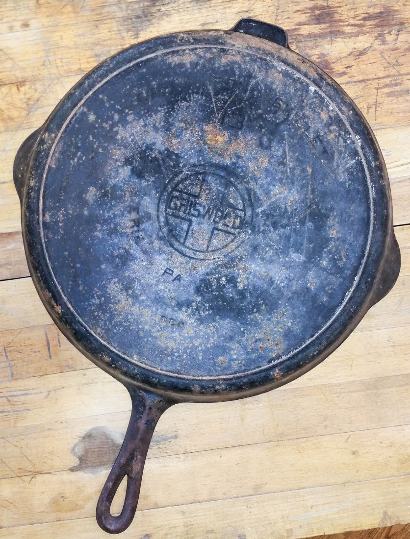 RARE GRISWOLD NO.13 CAST -IRON SKILLET WITH #13 LID - 3