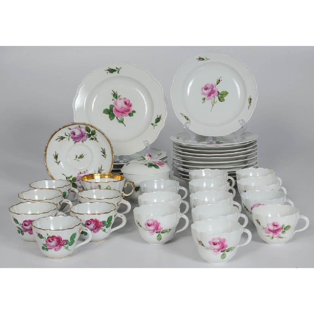 Meissen Porcelain Partial Service, Rose Pink - 2