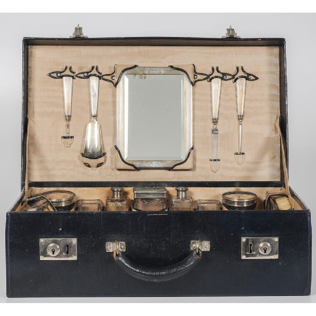 R. Blackington & Co. Gentleman's Traveling Toiletry