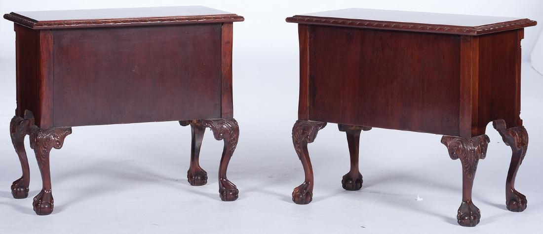 Chippendale-style Dressing Tables - 6