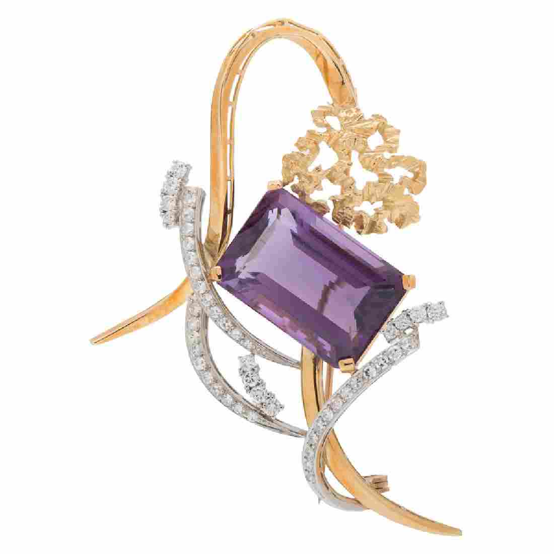 H. Stern Amethyst and Diamond Brooch in 18 Karat Yellow