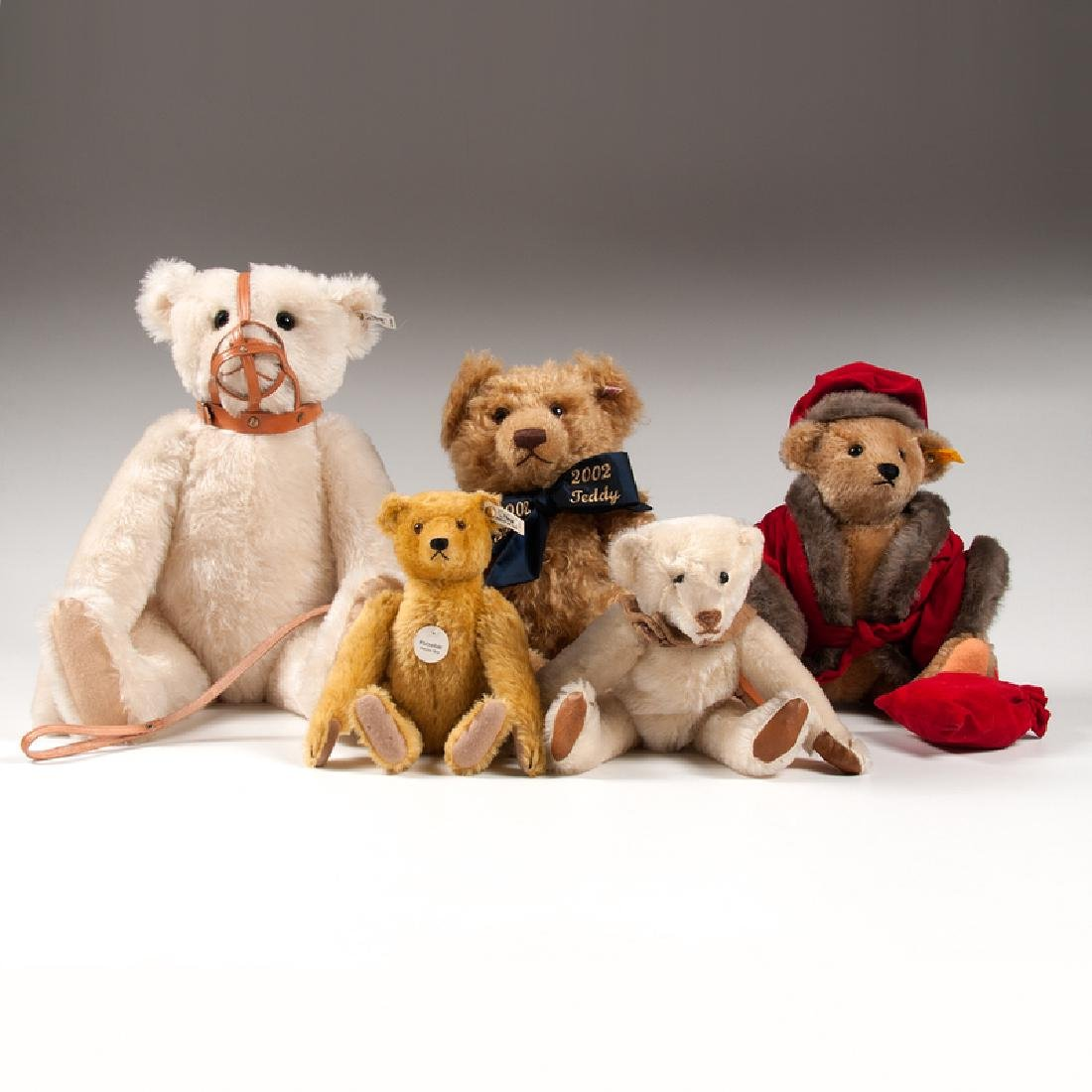 Steiff Reproduction Bears, Plus, Lot of Five