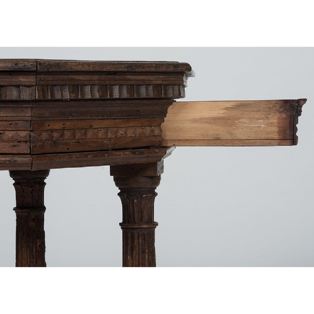 Italian Renaissance-style Octagonal Side Table - 3