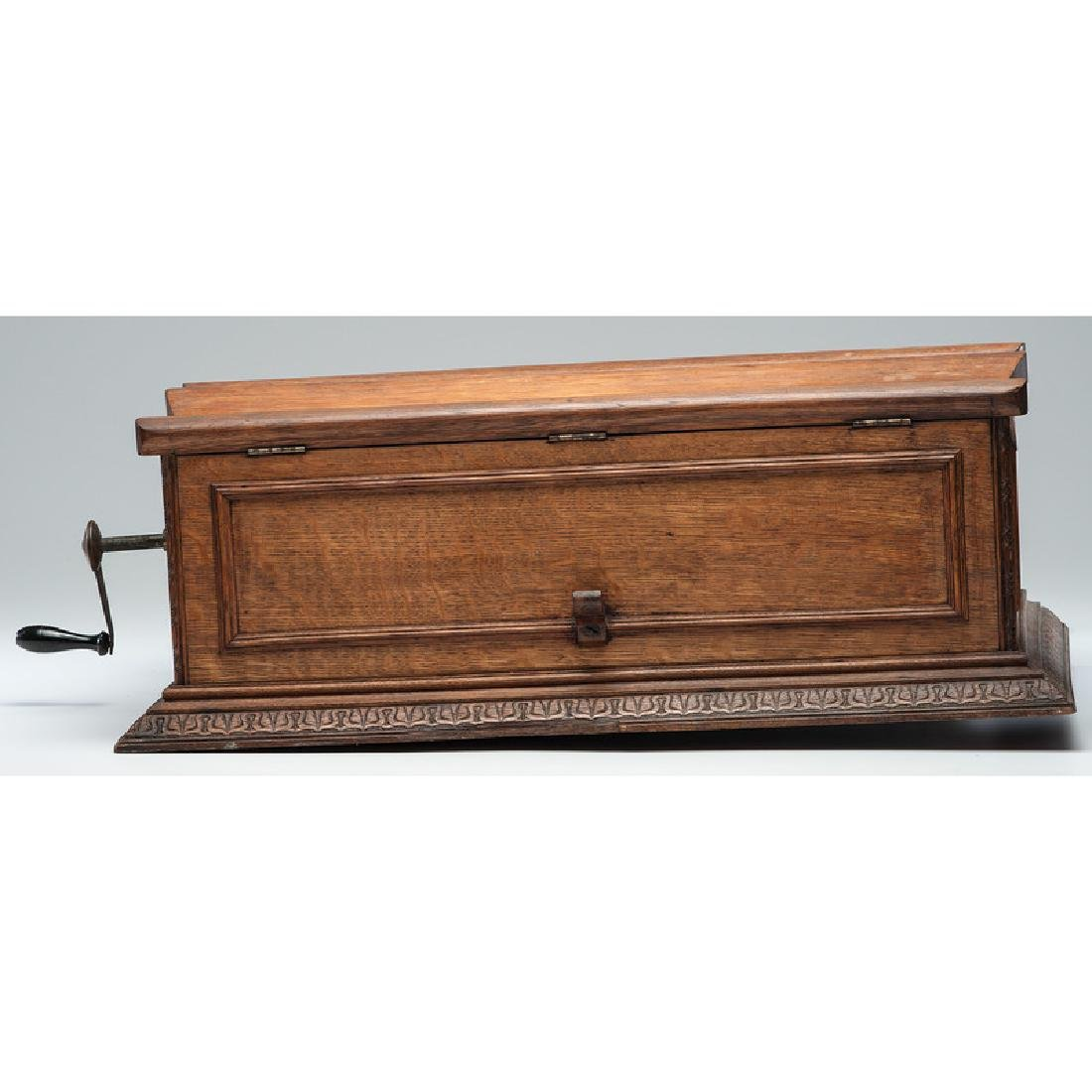 Regina Folding Coffin Top Disc Music Box - 3