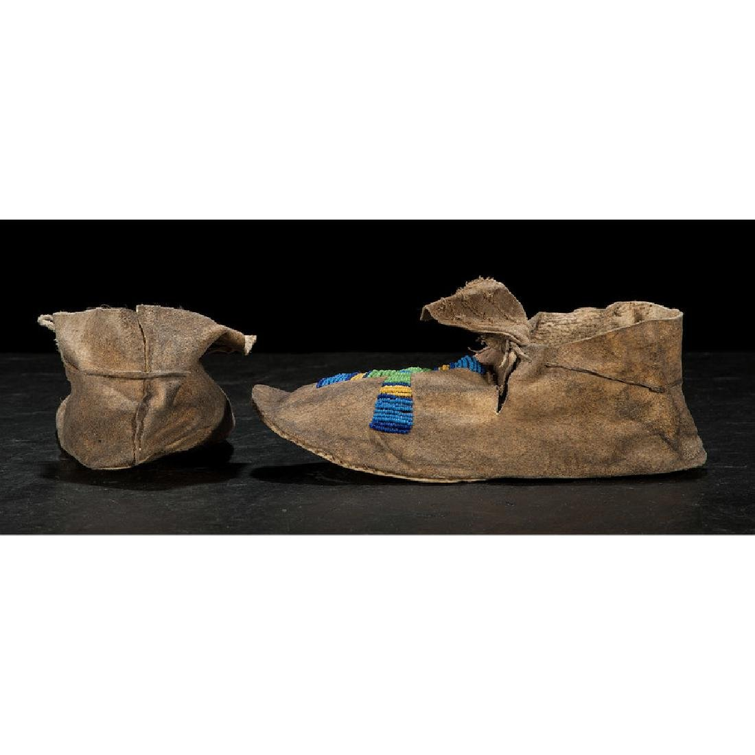 Cheyenne Beaded Hide Moccasins - 3