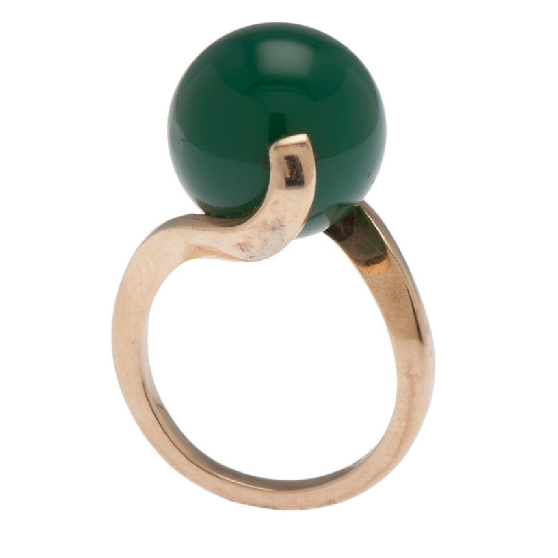 14 Karat Yellow Gold Green Onyx Ring