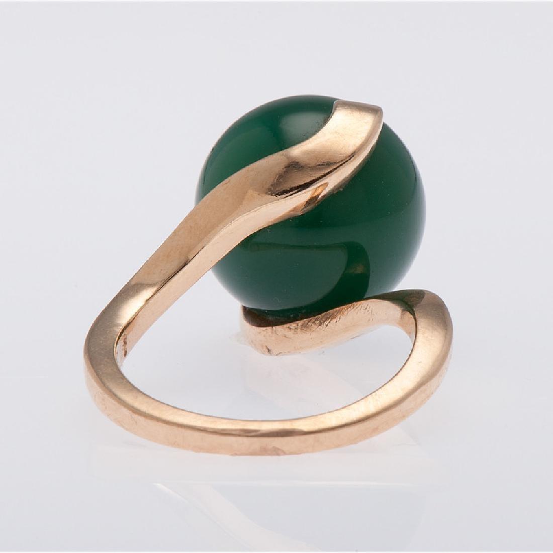14 Karat Yellow Gold Green Onyx Ring - 2