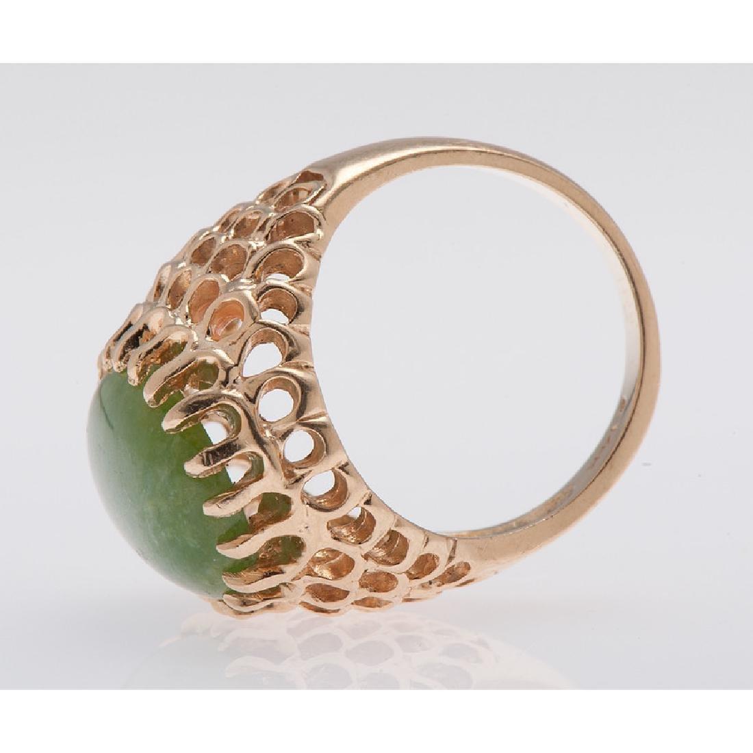 14 Karat Yellow Gold Jade Ring - 4
