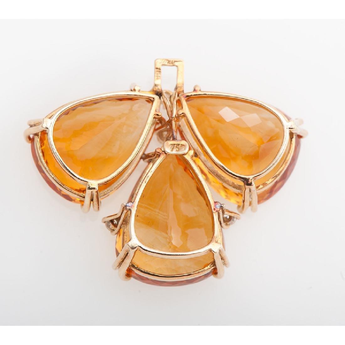 18 Karat Yellow Gold Pendant - 2