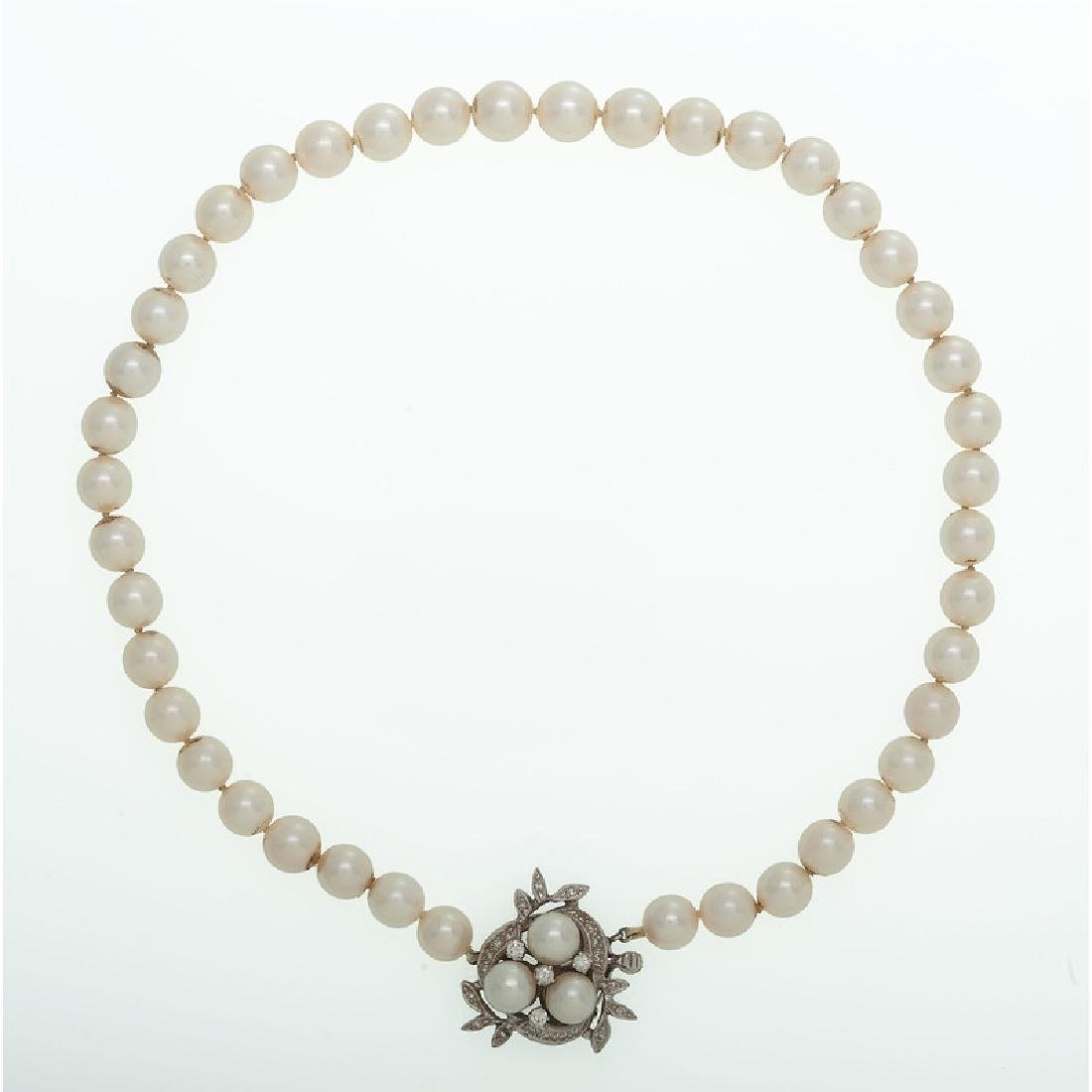 14 Karat White Gold Pearl Necklace and Brooch - 2