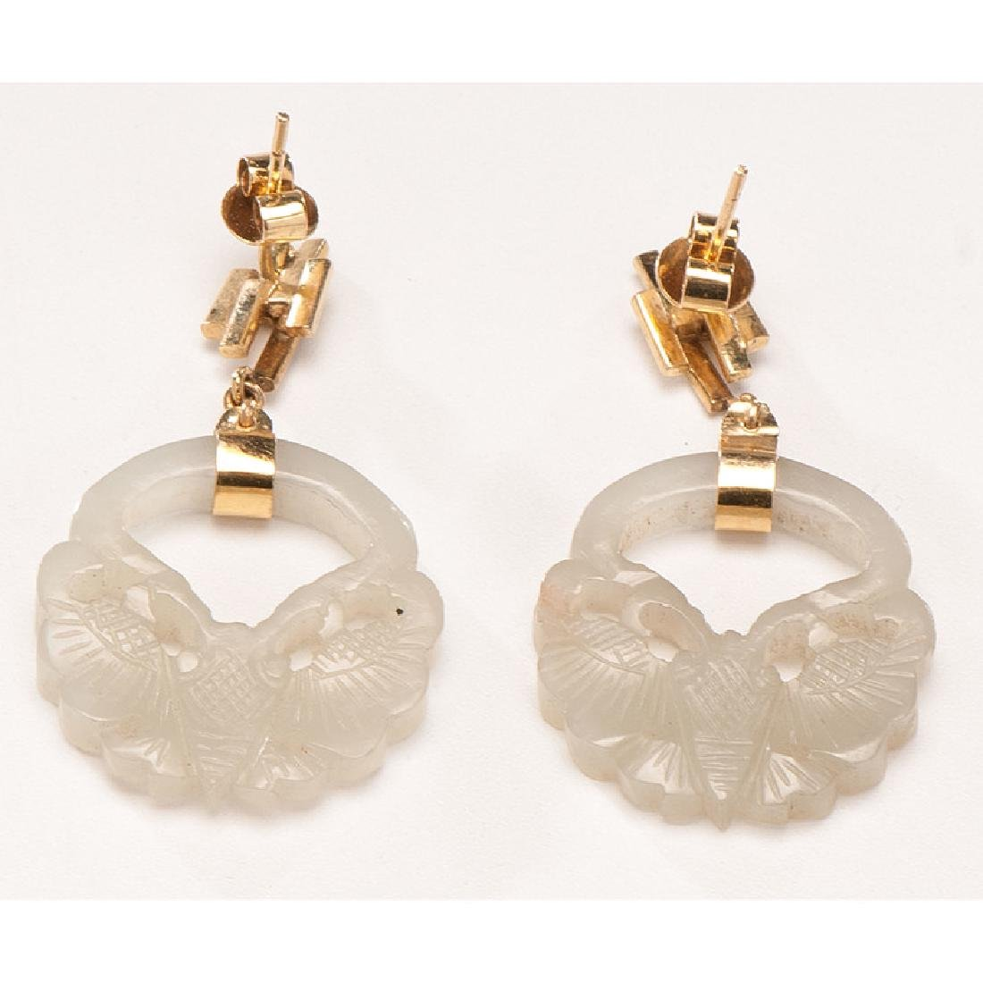 Carved Jade and Gold Earrings and Necklace - 3
