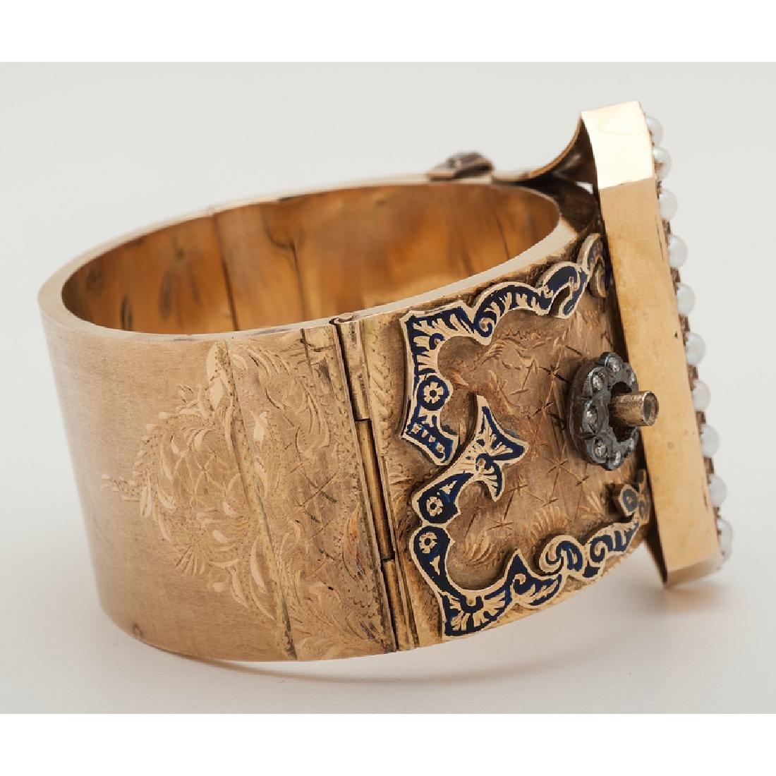 14 Karat Yellow Gold Buckle Bracelet - 3