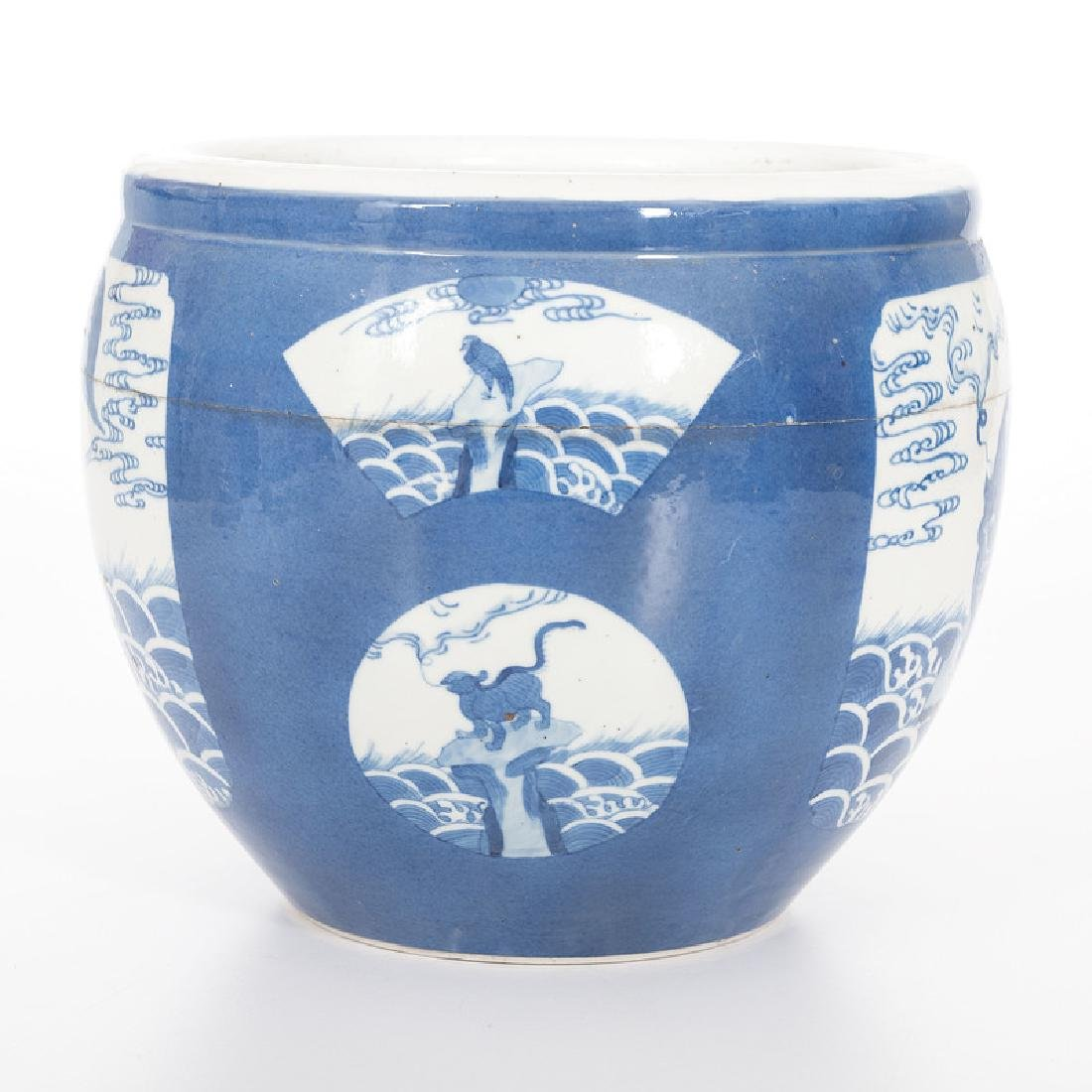 Chinese Porcelain Blue and White Jardiniere - 2