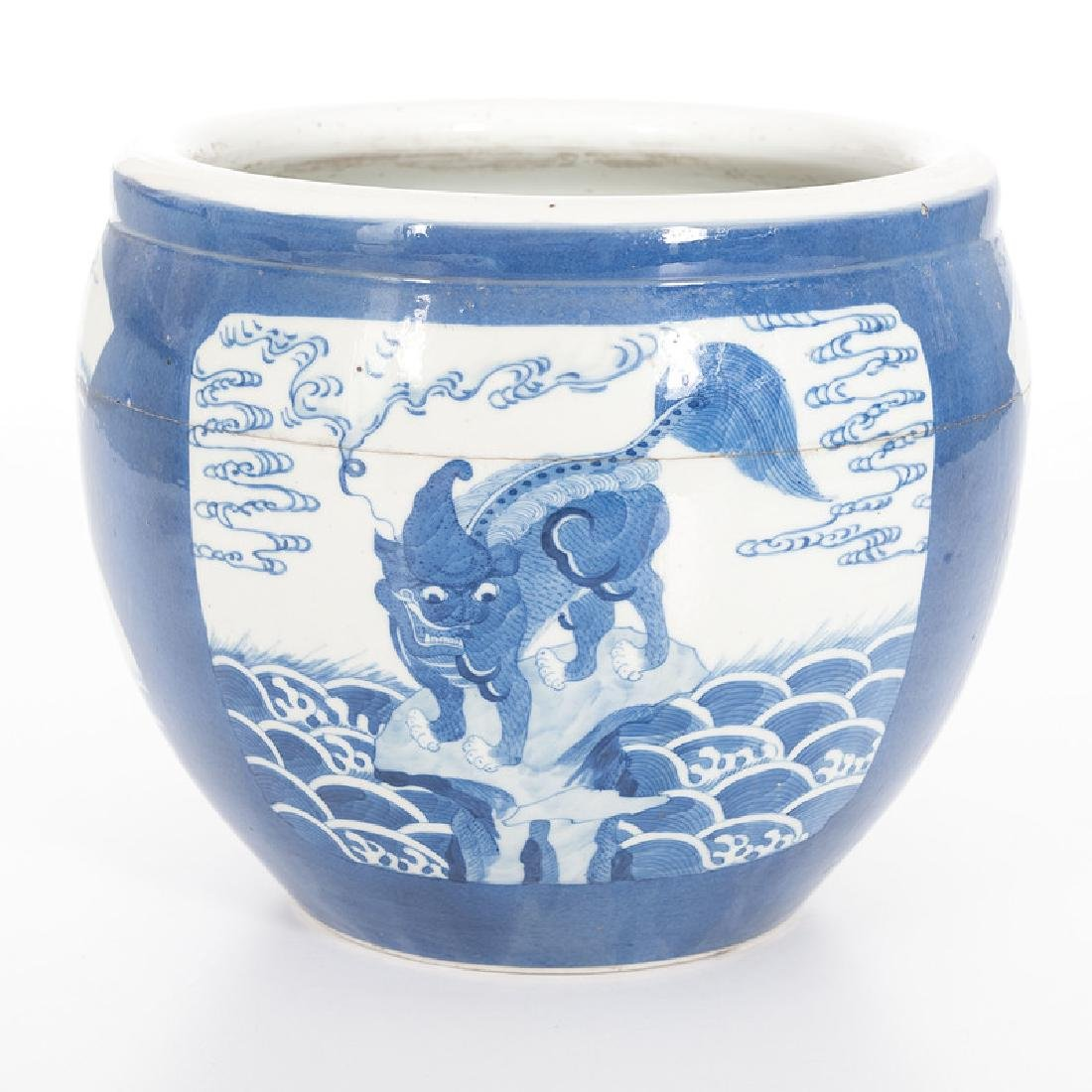 Chinese Porcelain Blue and White Jardiniere - 3