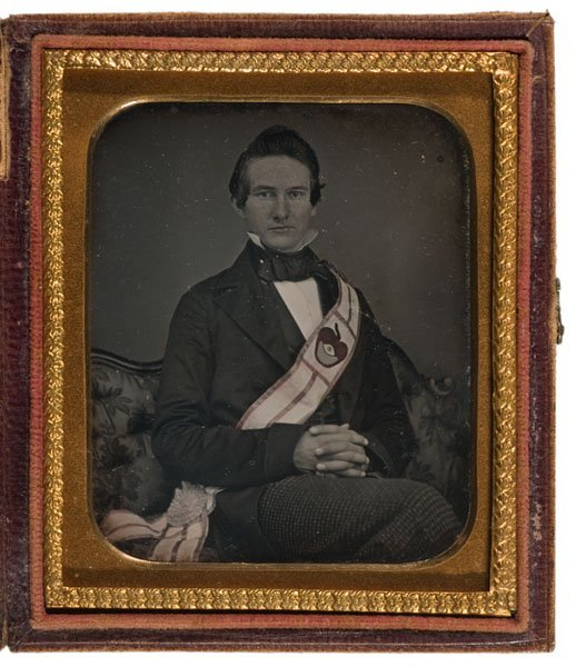 524: Sixth Plate Daguerreotype of Gentleman with Masoni