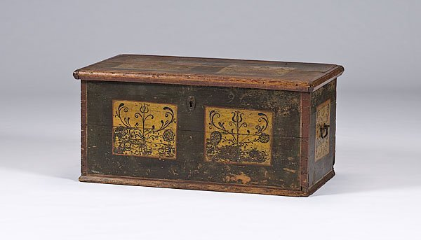397: Pennsylvania Painted Dower Chest,