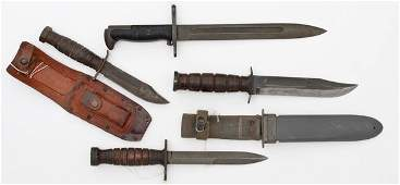 210 Lot of 4 US WWII Fighting Knives and Bayonets
