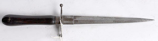 734: 18th Century Spear-point Dagger