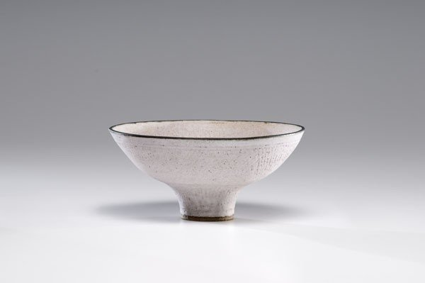 16: Lucie Rie, Lilac Stoneware Bowl